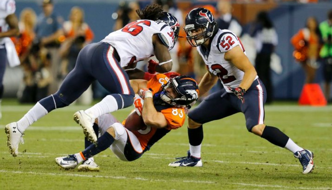Welker suffers what may be his tenth concussion